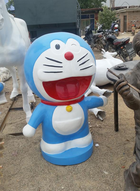 园林玻璃钢雕塑机器猫